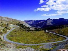 RoadPanoramaCottonwoodPass2.jpg
