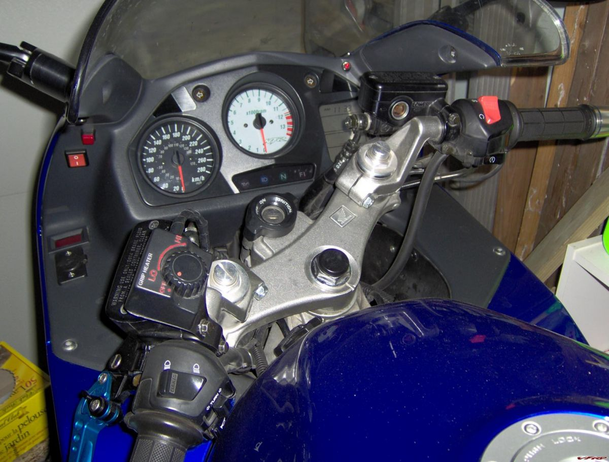 Honda Vfr800 Fuse Box Wiring Diagrams Schematics Motorcycle Oem Heated Grips From Anyone Have Them Installed 33