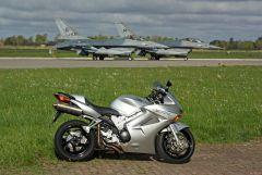 VFR v F-16's.jpg