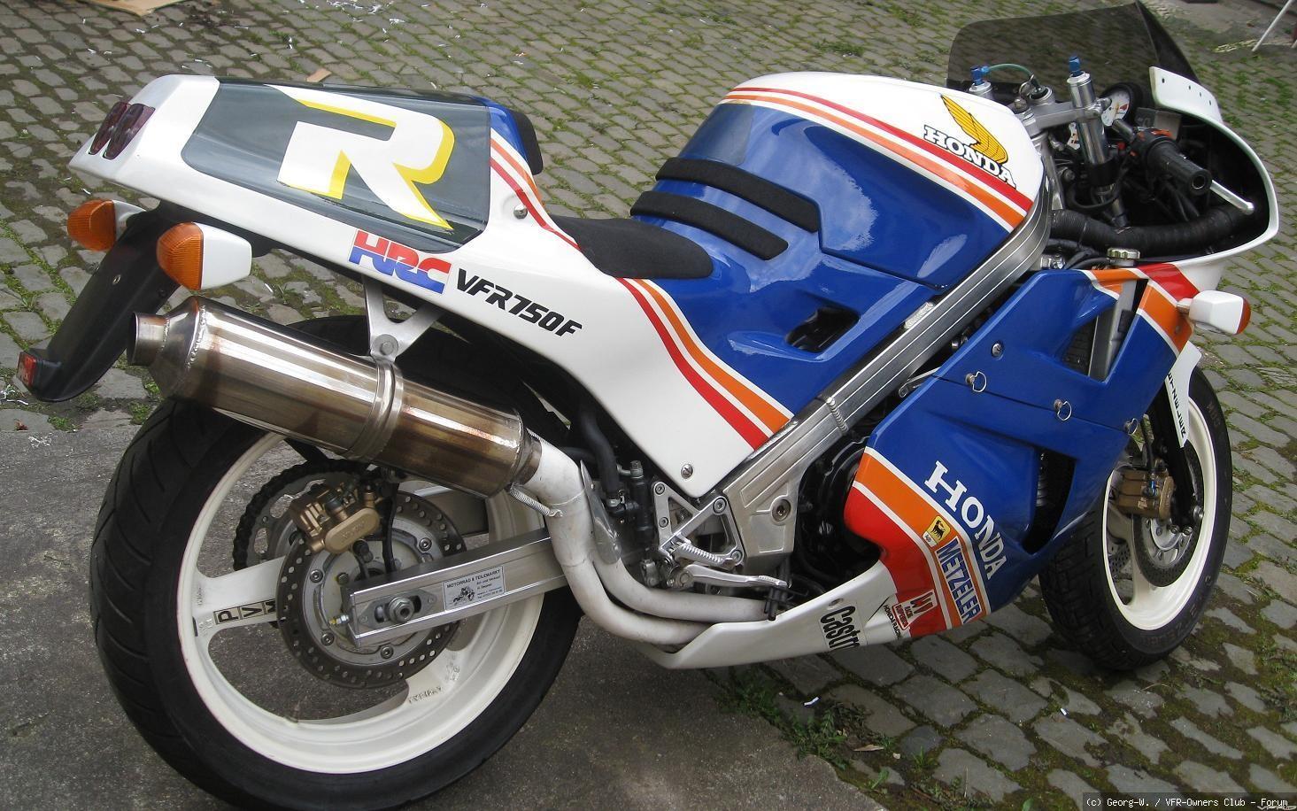 VFR750F RC24