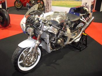 Honda VFR RC30