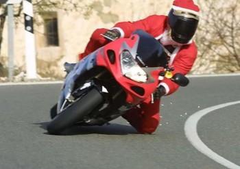Knee Dragging Santa