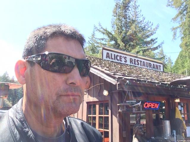 Alice's in Woodside for Lunch