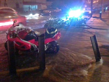Vfr on street flood