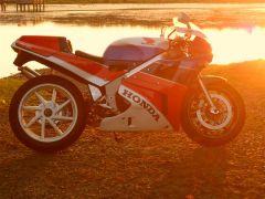 RC30 Sunset2