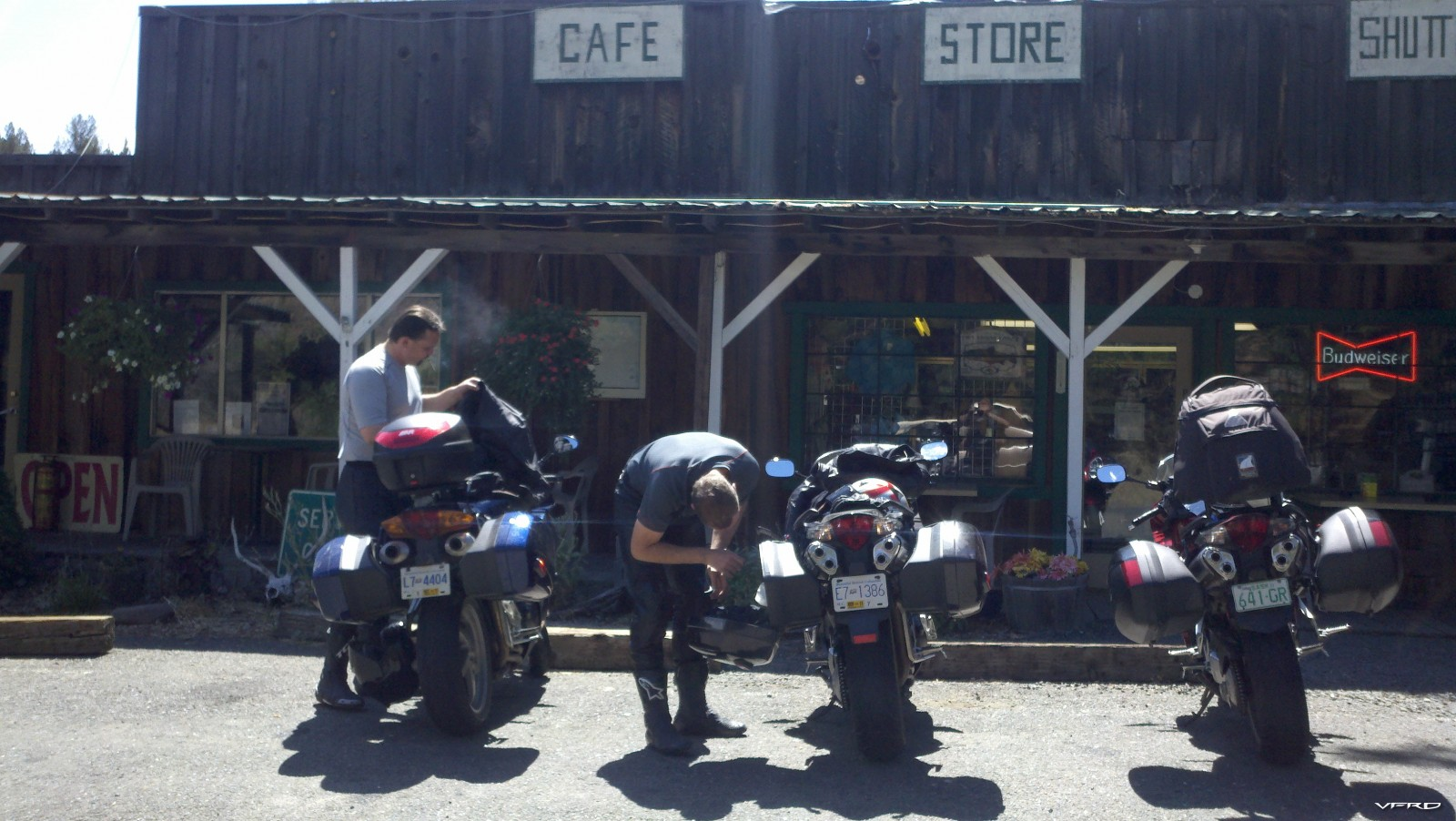 Lunch at Service Creek Oregon