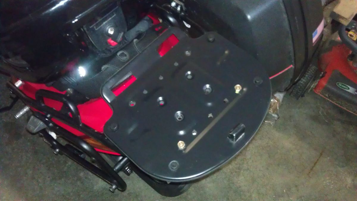 5th Gen Givi racks and JC Whitney trunk/rack - Luggage