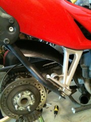 Right side, no tire
