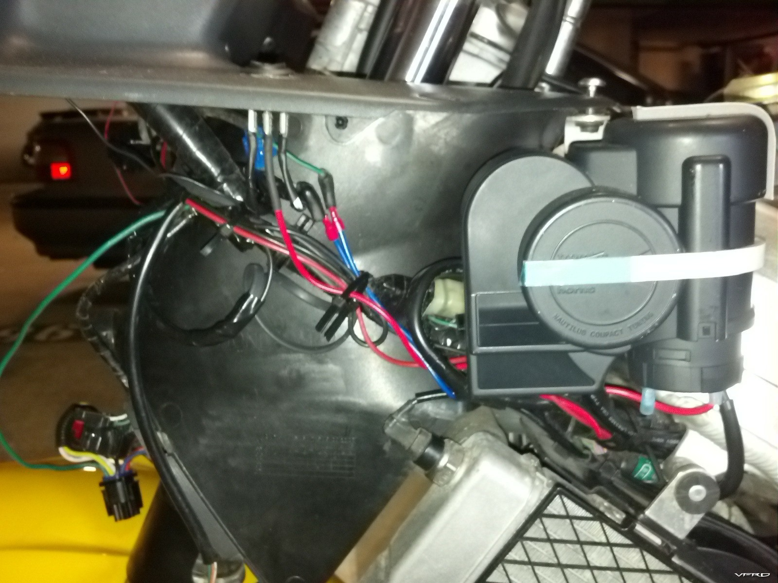 Stebel Horn Mount - Wiring and Protection