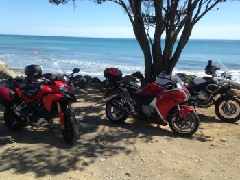 VFR with friends at Onaero Beach, Taranaki Bight