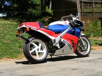 VFR750R Back side