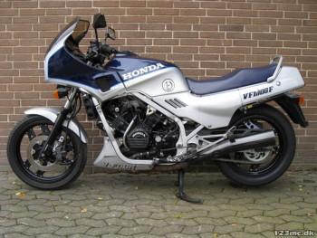 1987 honda Vf 1000 F