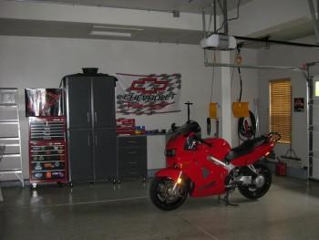 Garage 1 Pic