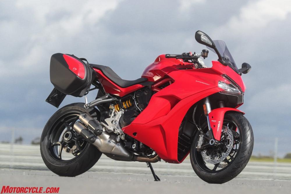 021717-Ducati-Supersport-7-Things-image05.jpg
