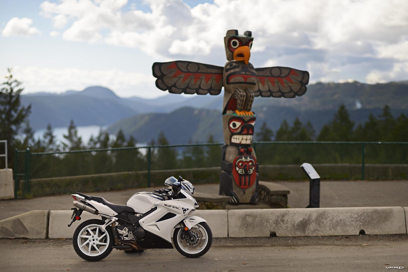 Salish Bear Totem pole at Malahat Summit