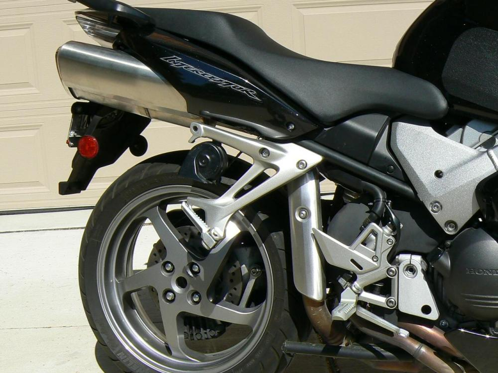 6VFR 06 RS1.JPG