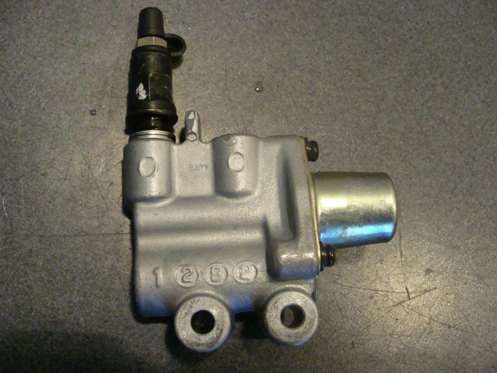 Bremskraftventil-Bremse-Regel-Ventil-Proportionin-PCV-Honda-VFR.jpg